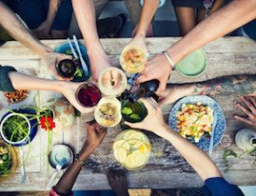 How to Host an Eco-Friendly Dinner Party