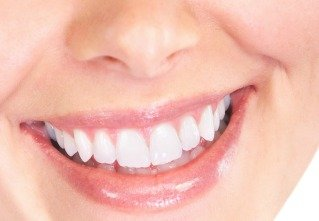 The Magic of our 5 Ingredient Natural Toothpaste
