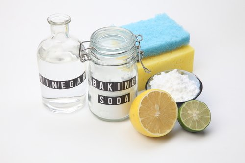 Natural Bathroom Cleaning Methods