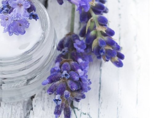 8 Aromatherapy Ingredients That Will Calm You Down Right Away